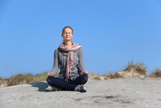 Meditation i naturen - retreat på Samsø med Lisbeth Fruensgaard og Anette Meldgaard