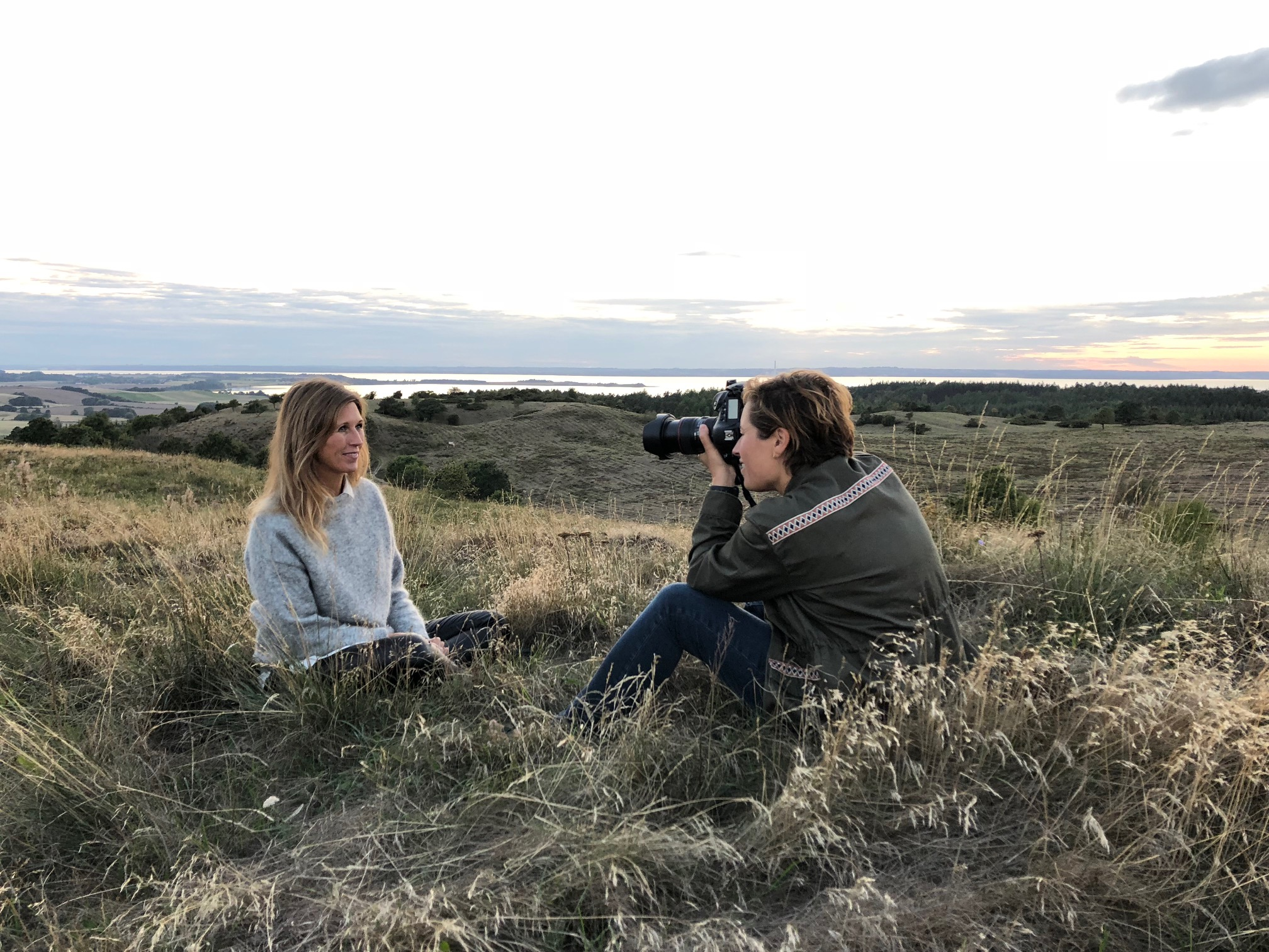 Fotosession med Anne Kring til Lisbeth Fruensgaard nye bog om stress.